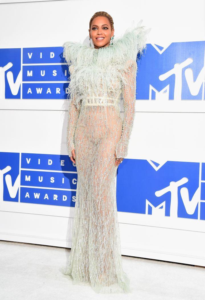 2016 MTV Video Music Awards – Red Carpet