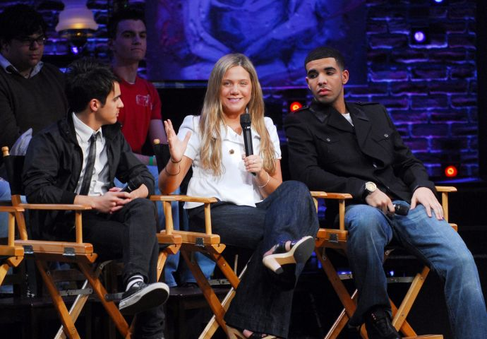 Rosie O'Donnell Hosts Teen Issues Panel With The Casts of 'Degrassi' and 'Spring Awakening'