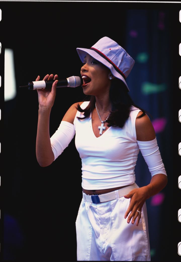 Monica Singing