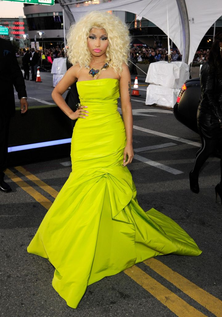 The 40th American Music Awards – Red Carpet