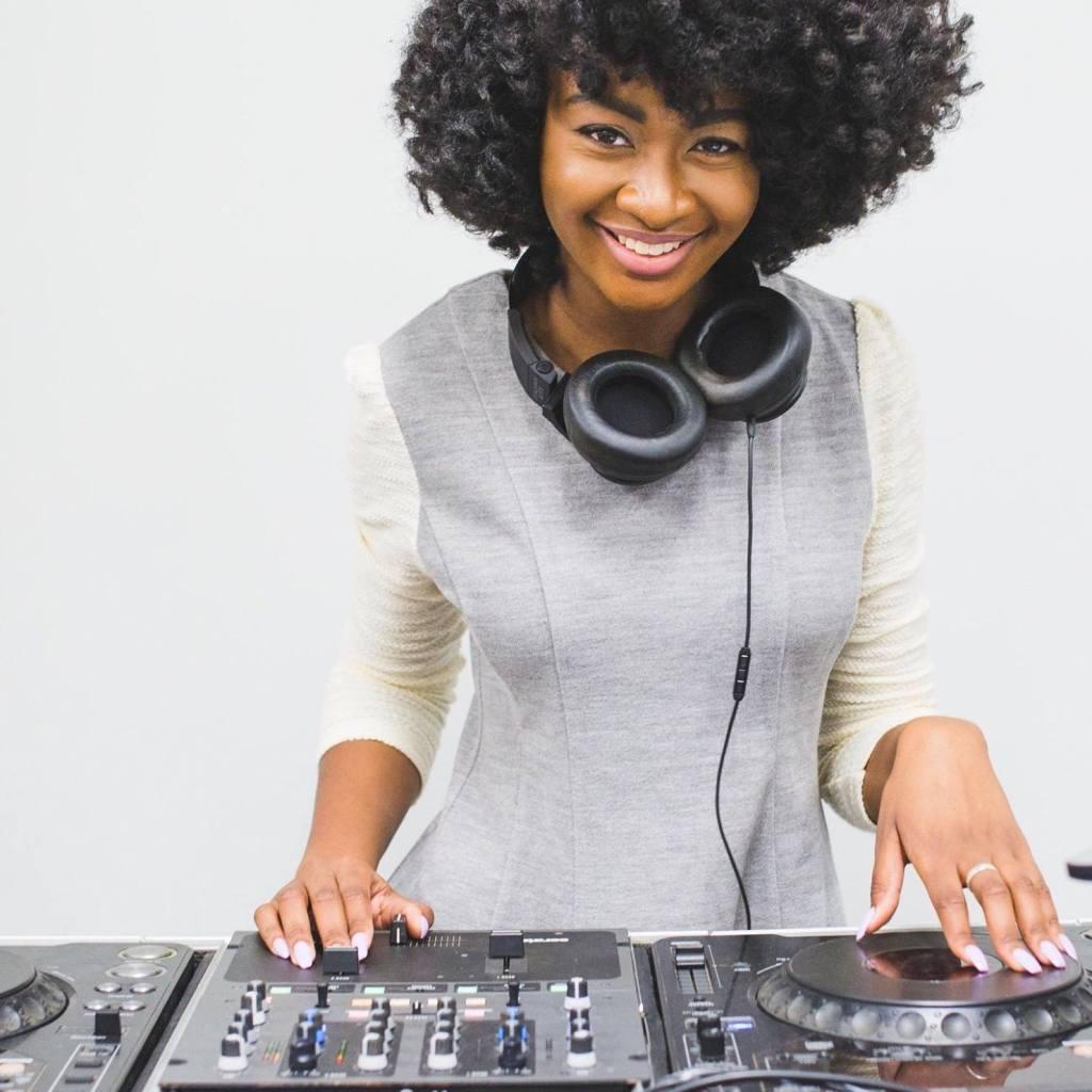 iPower Under 30 -- Shanel The DJ