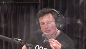 Elon Musk smokes marijuana while filming Joe Rogan Experience podcast